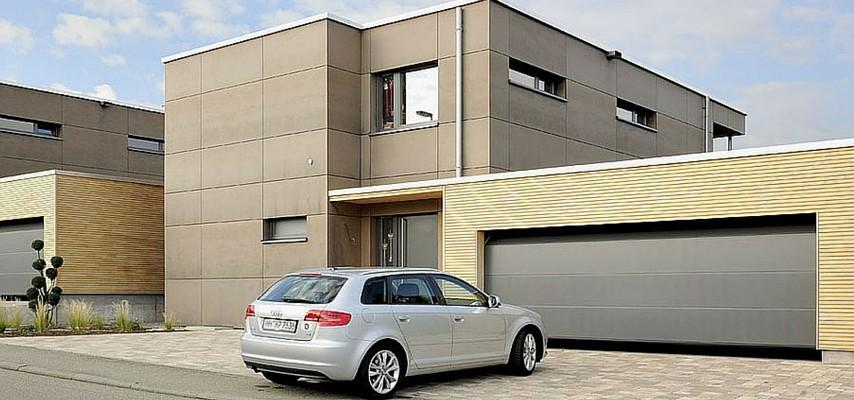 Hormann puertas de garaje ventanas carretero cuenca y for Garajes por dentro