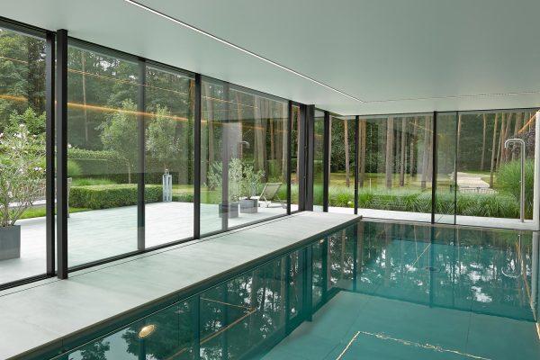 Technal Ventanas Aluminio en piscina